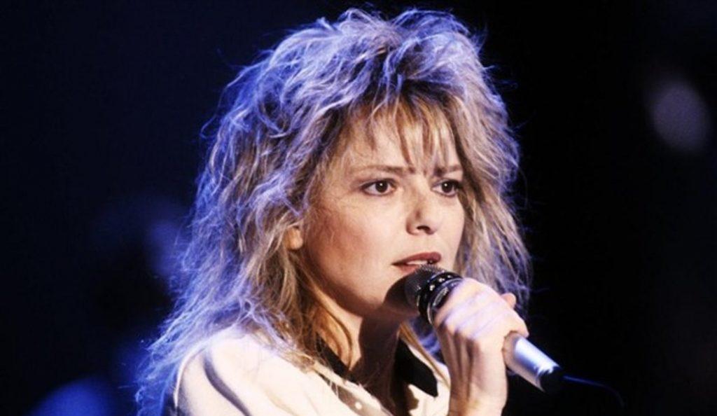 Γαλλία: Πέθανε η τραγουδίστρια France Gall (vid) | Pagenews.gr