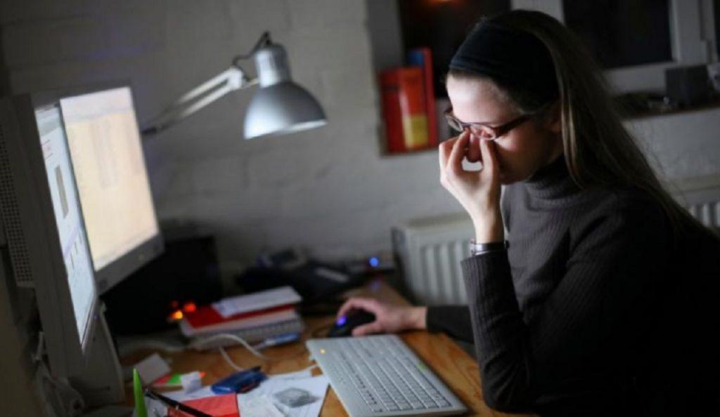 Μελέτη: Η νυχτερινή εργασία βλάπτει την υγεία των γυναικών   Pagenews.gr
