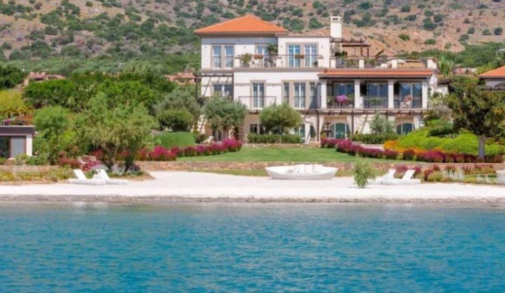 Σπίτι – «παλάτι» στην Κρήτη – Πωλείται προς 10,5 εκατομμύρια ευρώ (pics) | Pagenews.gr
