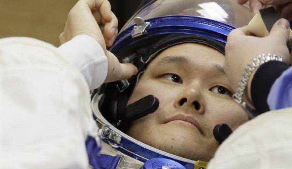 Ιαπωνία: O αστροναύτης που ισχυρίστηκε ότι ψήλωσε ζητά συγνώμη για τα fake news   Pagenews.gr