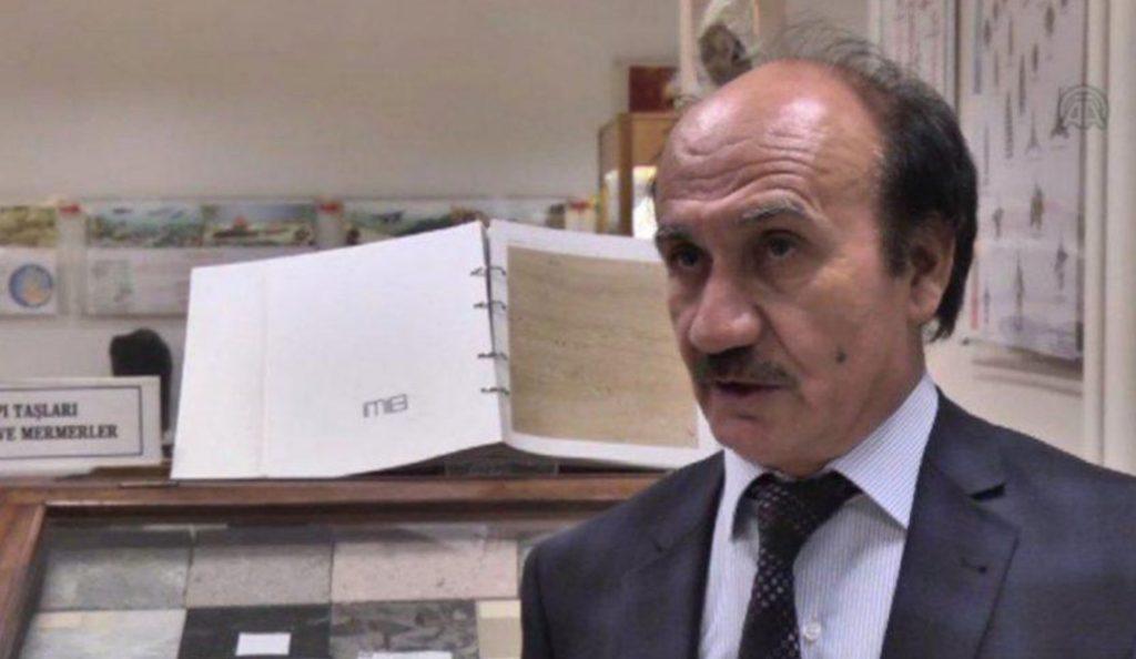 Τουρκία: Ακαδημαϊκός ισχυρίζεται πως ο Νώε μιλούσε με τον γιο του στο κινητό (pic) | Pagenews.gr