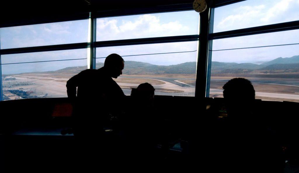 Στάση εργασίας από τους ελεγκτές εναέριας κυκλοφορίας τη Δευτέρα | Pagenews.gr
