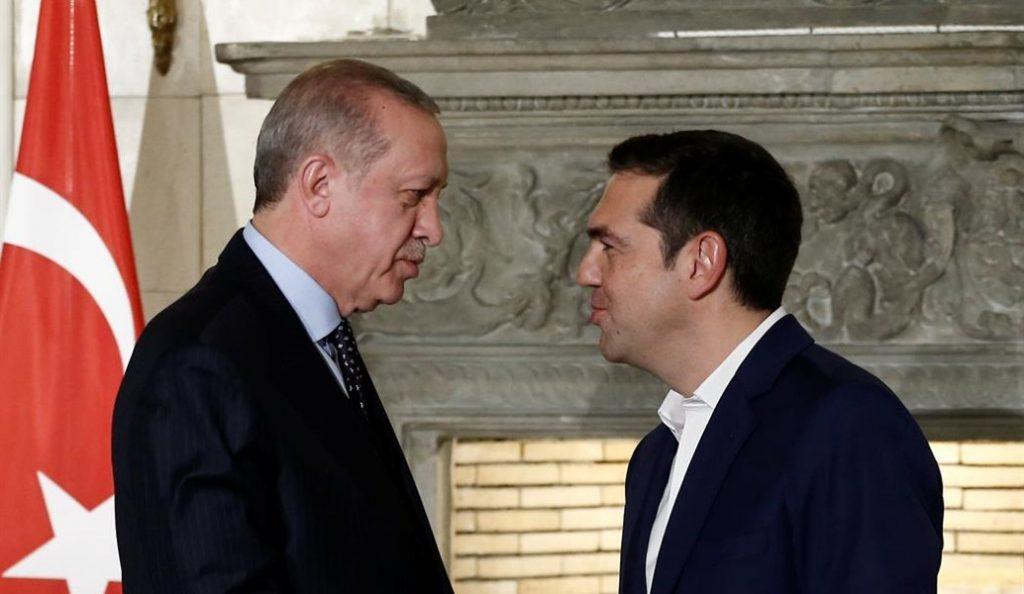 Spiegel: Ο Ερντογάν βάζει τις φωνές και ο Τσίπρας πάει πάσο   Pagenews.gr