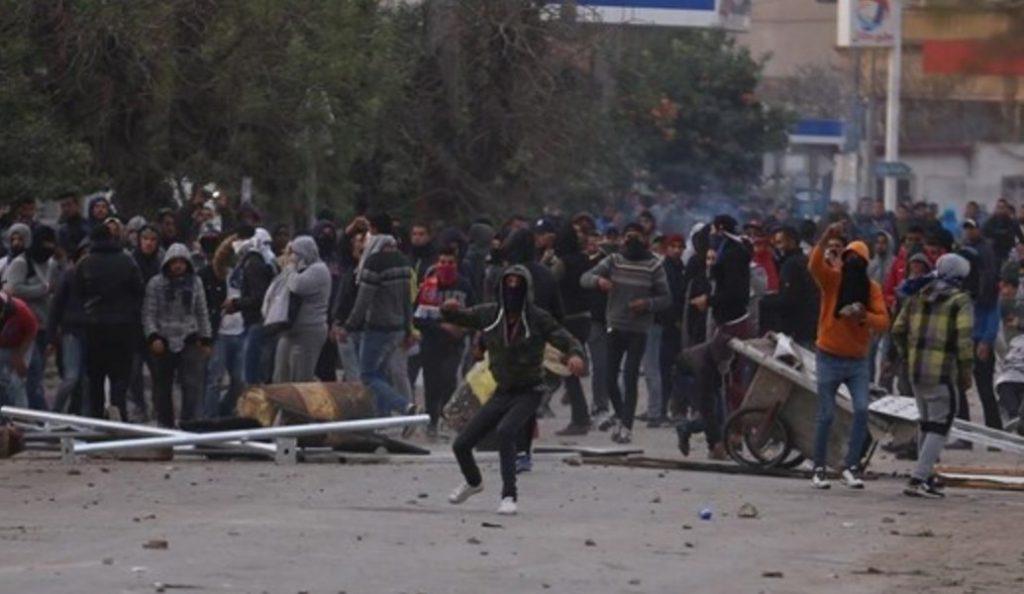 Τυνησία: Νέα επεισόδια στην πόλη Σιλιάνα   Pagenews.gr