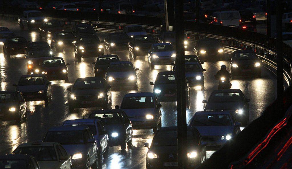 Κυκλοφοριακό κομφούζιο στους δρόμους της Αθήνας | Pagenews.gr