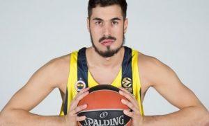 Κάλινιτς: «Δεν είμαι ο ποδοσφαιριστής, ψάξτε το στο google» | Pagenews.gr