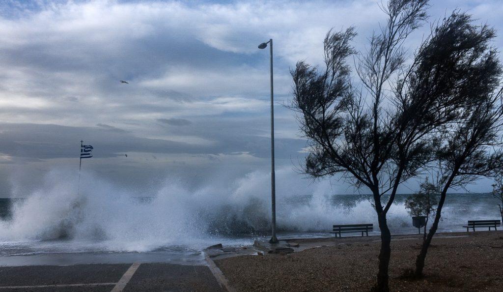 Καιρός: Ισχυροί νοτιάδες στην Κρήτη – Προβλήματα στις πτήσεις | Pagenews.gr