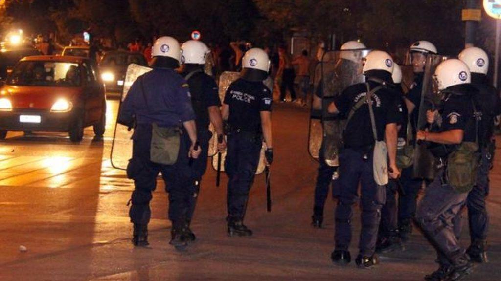 Επεισόδια στην Πάτρα από οπαδούς του Ολυμπιακού (vid)   Pagenews.gr