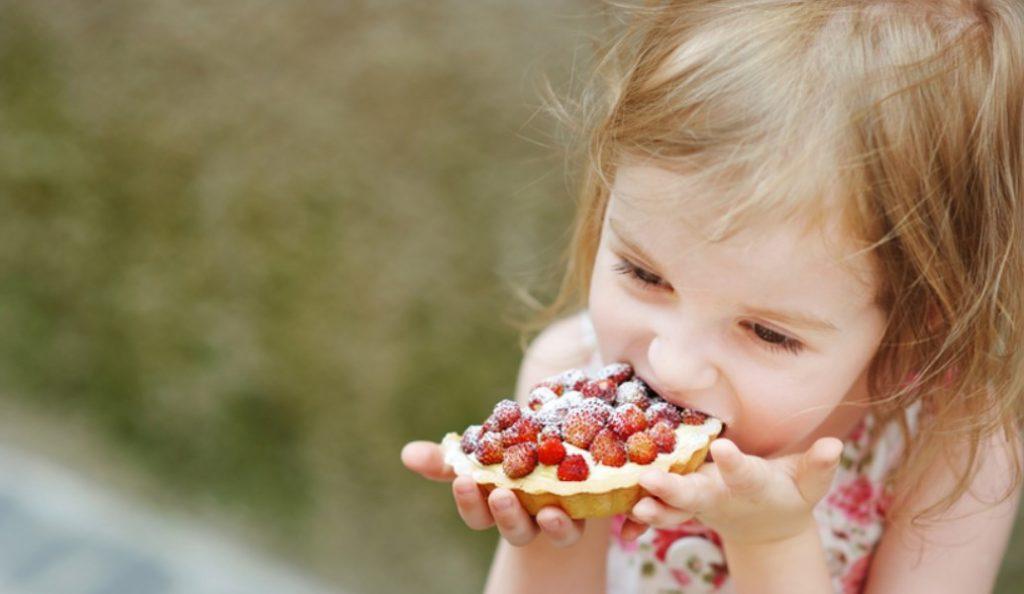 Πόσα γλυκά πρέπει να καταναλώνουν τα παιδιά | Pagenews.gr
