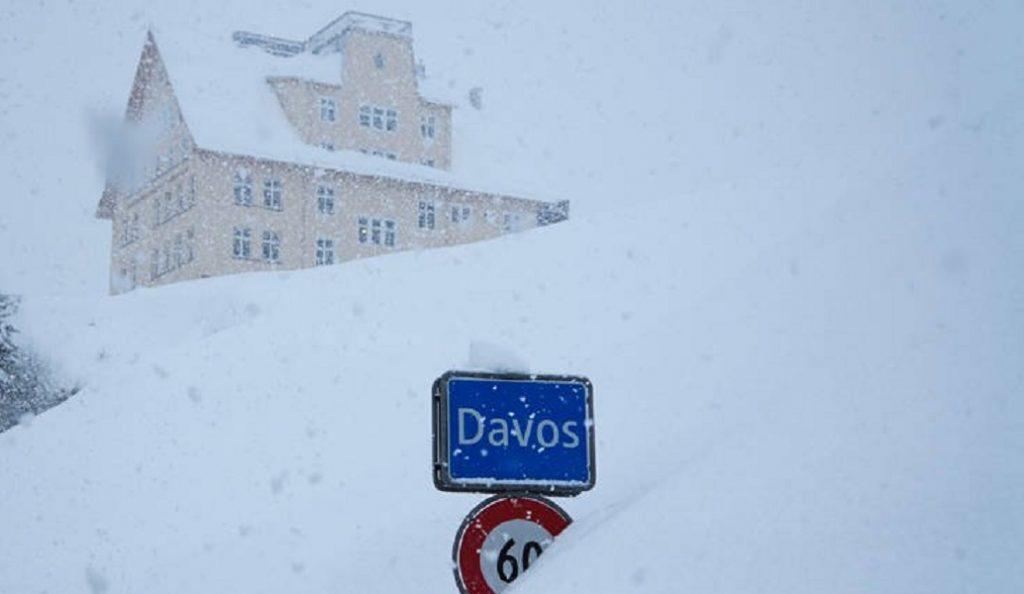 Ντάβος: Πνιγμένο στο χιόνι υποδέχεται το Παγκόσμιο Οικονομικό Φόρουμ (pics) | Pagenews.gr