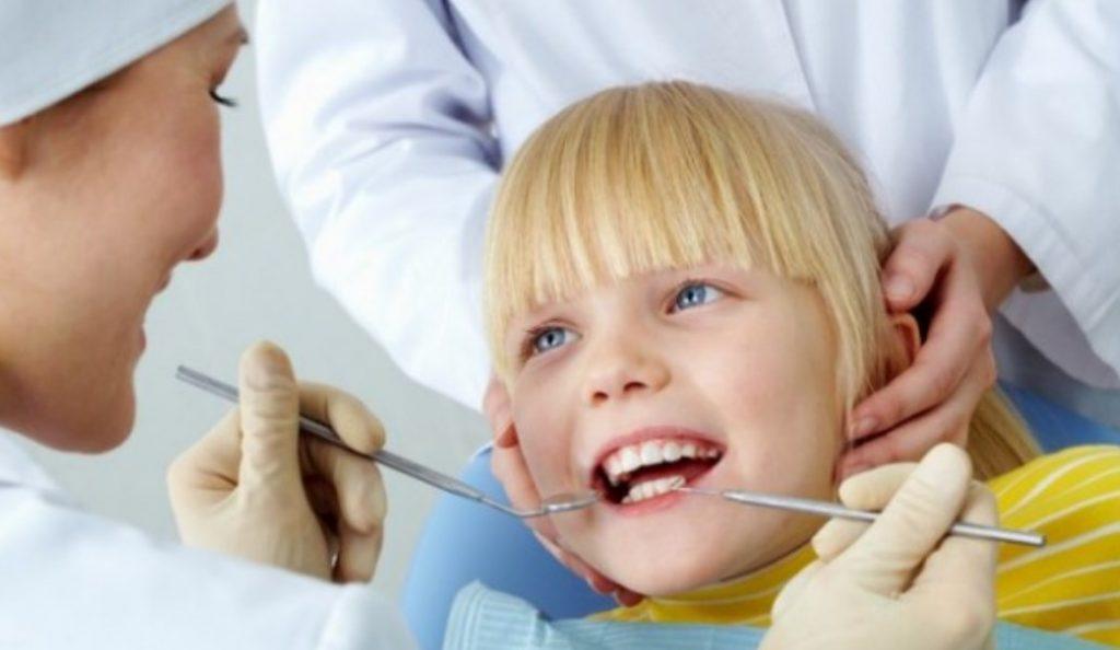 Δήμος Ελληνικού-Αργυρούπολης: Δωρεάν οδοντιατρικές εξετάσεις σε σχολεία του Δήμου   Pagenews.gr