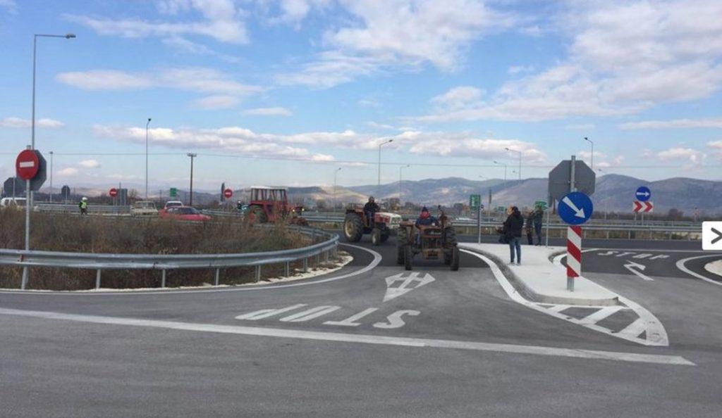 Αγρότες Τρικάλων: Μπλόκο στον κόμβο Μεγαλοχωρίου | Pagenews.gr