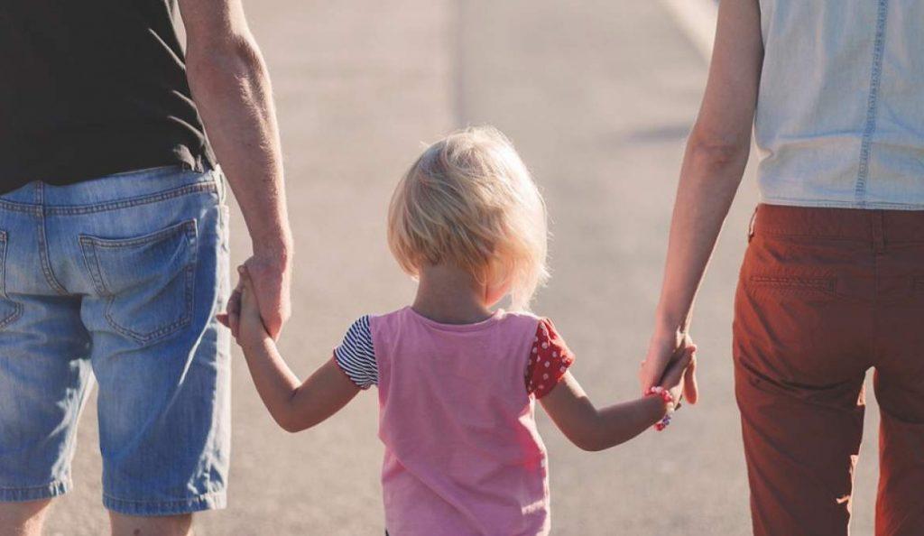 Επίδομα παιδιού: Αναρτήθηκε στη Διαύγεια η ΚΥΑ για την χορήγησή του | Pagenews.gr