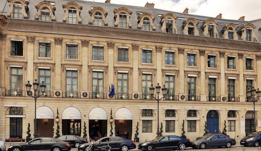 Ξενοδοχείο Ritz: Στο «σφυρί» 3.500 παλιά έπιπλα | Pagenews.gr