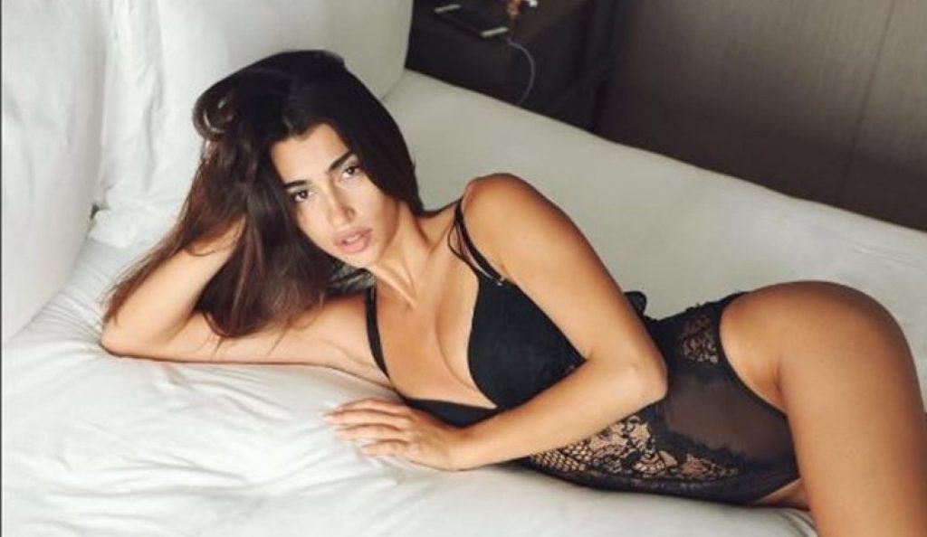 Σοφία Χαρμαντά: Η topless φώτο που μπήκε ήδη στο ελληνικό πάνθεον του Instagram! | Pagenews.gr