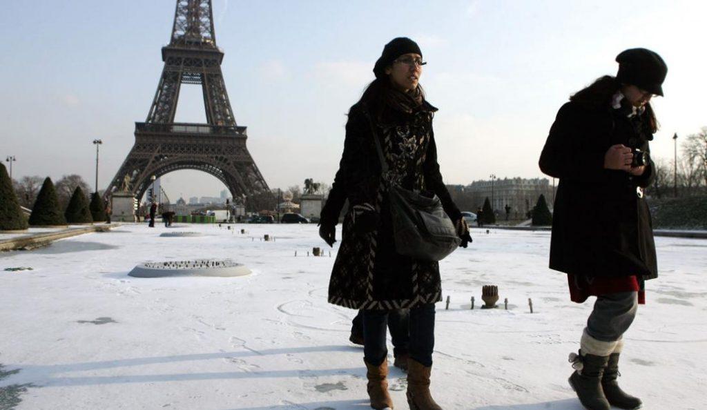 Γαλλία: Σε πορτοκαλί συναγερμό λόγω τσουχτερού κρύου (pic) | Pagenews.gr