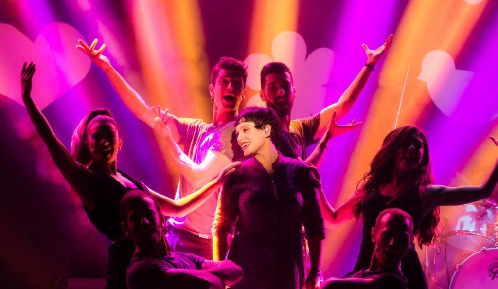 Ελεωνόρα Ζουγανέλη: Αποθεώθηκε στην πρεμιέρα της στο Anodos Live Stage | Pagenews.gr