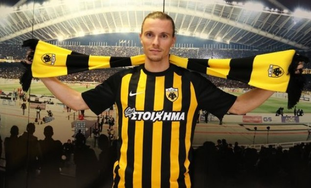 Χουλτ: »Ανυπομονώ να αγωνιστώ για την ΑΕΚ» | Pagenews.gr
