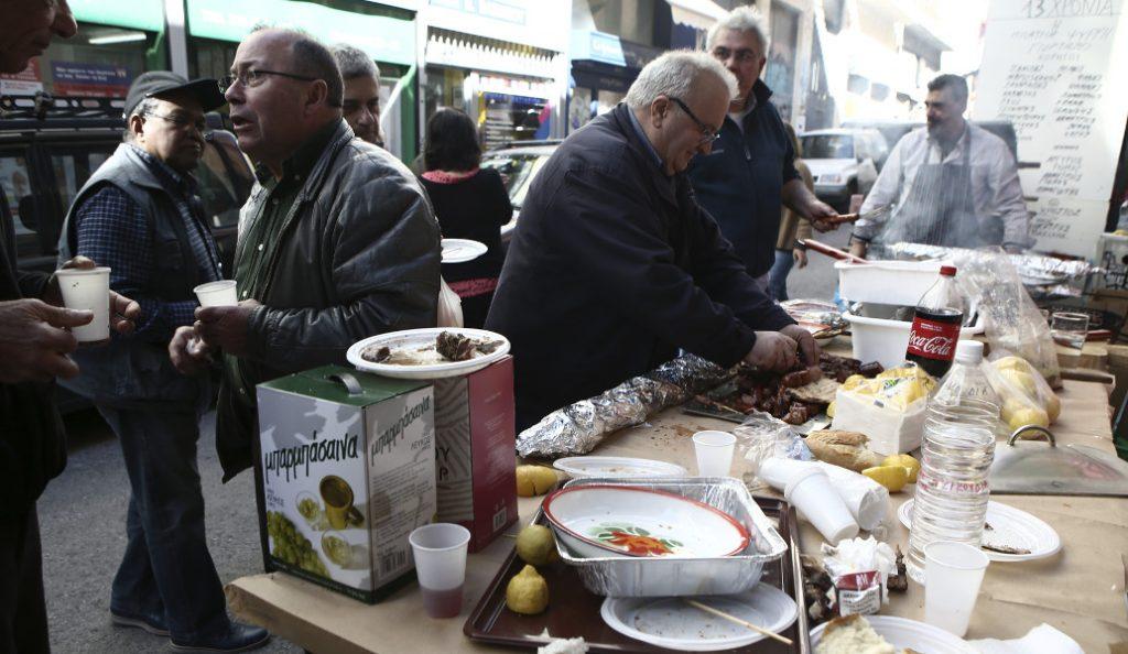 Τσικνοπέμπτη: Παραδοσιακά έθιμα απ' όλη την Ελλάδα (pics) | Pagenews.gr