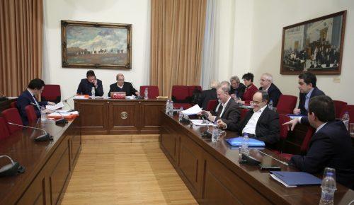 Νέα παράταση εργασιών στην Εξεταστική για την Υγεία | Pagenews.gr