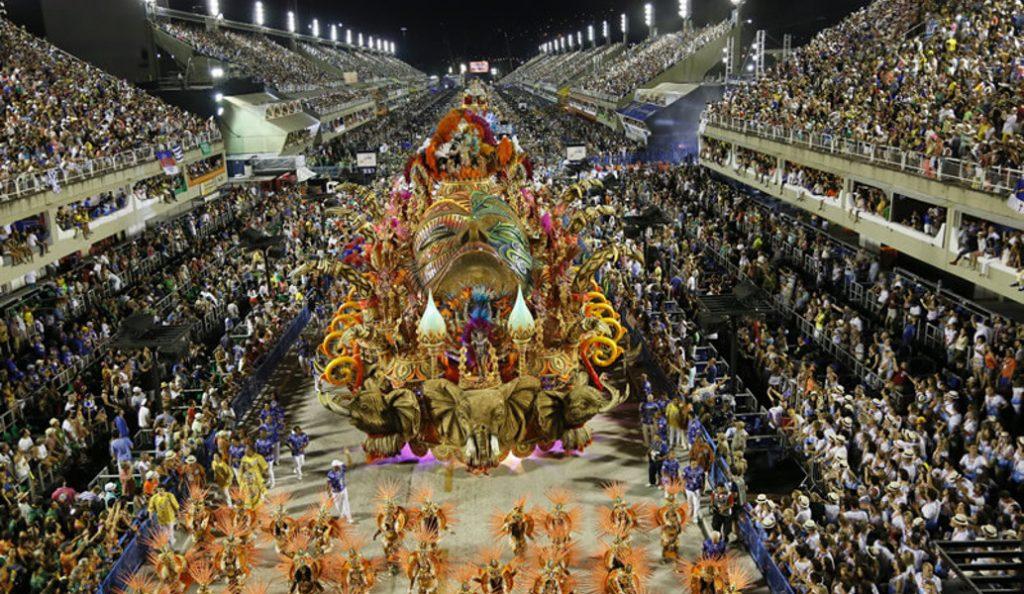Καρναβάλι του Ρίο: Έναρξη για τη διασημότερη διοργάνωση (vid) | Pagenews.gr