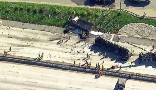 Καλιφόρνια: Πολύνεκρο τροχαίο – Φορτηγό «έλιωσε» αυτοκίνητα και μηχανή (vid) | Pagenews.gr