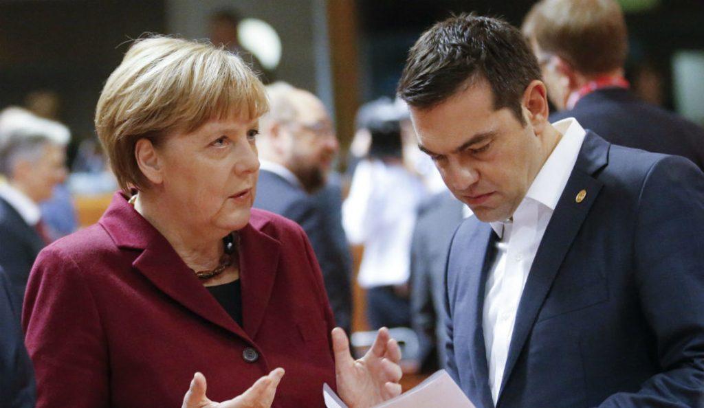 Μεγαλοπρεπές «άδειασμα» από Μέρκελ: Δεν μίλησα ποτέ με τον Τσίπρα για τον ΦΠΑ | Pagenews.gr