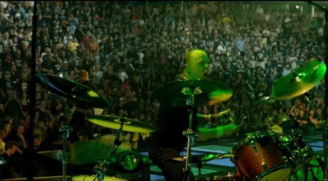 Πρόεδρος χώρας έδωσε 800 δολάρια για ένα δίσκο των Metallica | Pagenews.gr