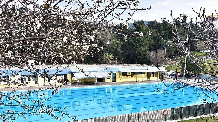 Ανακαινισμένο ανοίγει το Δημοτικό Κολυμβητήριο Συκεών | Pagenews.gr