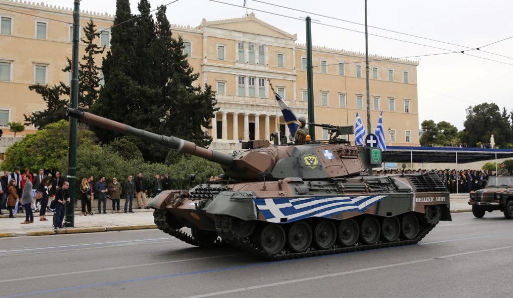 H στρατιωτική παρέλαση για τον εορτασμό της 25η Μαρτίου (pics) | Pagenews.gr