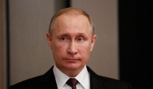 Πούτιν: Επέδειξε το ταλέντο του στη σκοποβολή – Με καλάσνικοφ για ελεύθερους σκοπευτές | Pagenews.gr