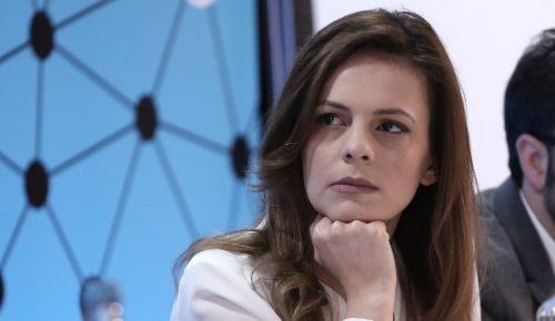 Αχτσιόγλου: Στην αγορά εργασίας υπάρχουν κανόνες, και οι κανόνες θα τηρούνται | Pagenews.gr