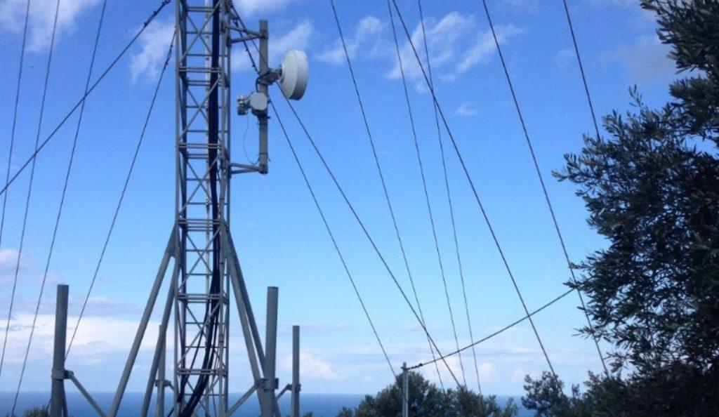Αγία Παρασκευή: Απομακρύνθηκε παράνομη κεραία κινητής τηλεφωνίας | Pagenews.gr