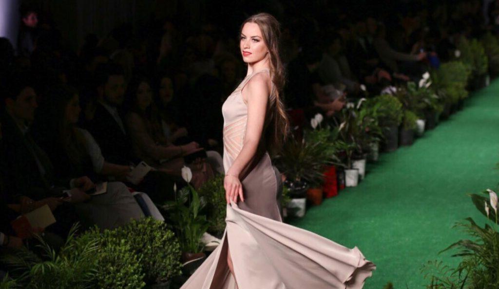 Athens Xclusive Designers Week: Εντυπωσίασε με την παρουσία της η Σταρ Ελλάς Μαρία Ψηλού (pics) | Pagenews.gr