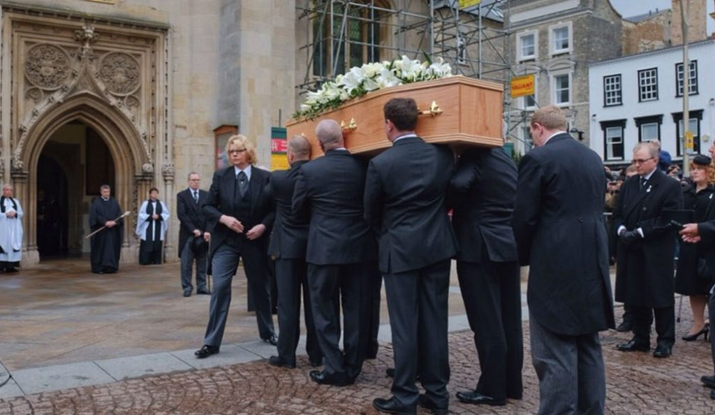 Τελευταίο «αντίο» στον Στίβεν Χόκινγκ (pics&vids) | Pagenews.gr