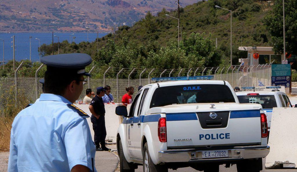 Χανιά: Έβγαλαν μαχαίρι και λήστεψαν άτομο με αναπηρία | Pagenews.gr