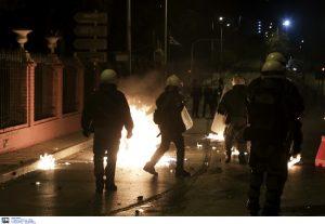 ΠΑΟΚ ΤΣΕΛΣΙ: Επεισόδια στη Θεσσαλονίκη μεταξύ Ελλήνων και Βρετανών οπαδών – Δύο τραυματίες | Pagenews.gr