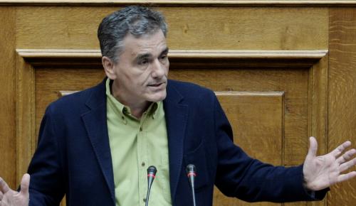 Τσακαλώτος: Η κατάσταση στην Ιταλία δεν ανησυχεί την Ελλάδα | Pagenews.gr