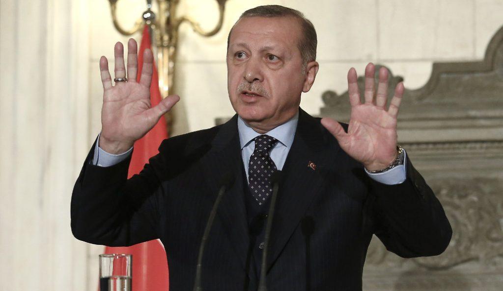 Ερντογάν: Θα κάνουμε µποϊκοτάζ σε αμερικανικά προϊόντα | Pagenews.gr