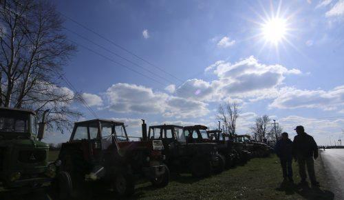 Αγρότες: Έως 15/5 οι αιτήσεις για το πρόγραμμα Εξισωτικής Αποζημίωσης | Pagenews.gr