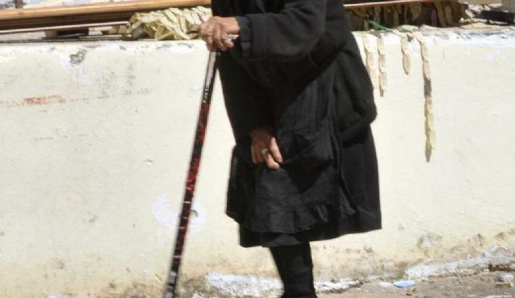 Αθάνατο ελληνικό δημόσιο – Περιμένει από το ΙΚΑ τη μασέλα 27 μήνες. | Pagenews.gr