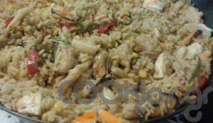 Η συνταγή της ημέρας: Παέλια με παγκάσιους και κοτόπουλο | Pagenews.gr