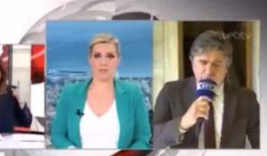 Ρεπόρτερ της ΕΡΤ νομίζει ότι έκλεισαν οι κάμερες και κάνει τον… τραγουδιστή (vid) | Pagenews.gr