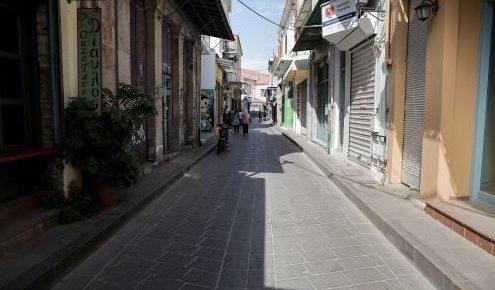 Νέκρωσε η Λέσβος λόγω της επίσκεψης Τσίπρα – Παντού κατεβασμένα ρολά και ΜΑΤ (pics&vid)   Pagenews.gr