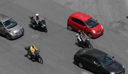 Γιατί οι αυτοκινητοβιομηχανίες μειώνουν το ύψος των μπροστινών καθισμάτων | Pagenews.gr