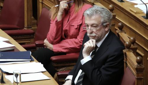 Σταύρος Κοντονής: Του τα έψαλλαν για το Σκοπιανό | Pagenews.gr