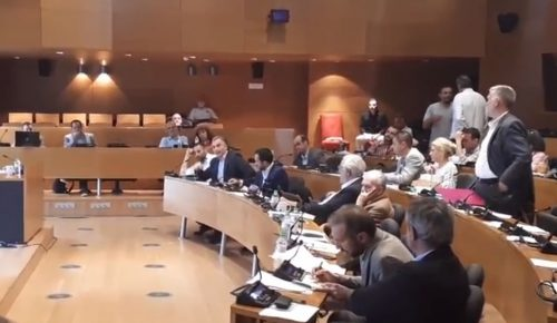 Θεσσαλονίκη: Ένταση και αποχωρήσεις στο δημοτικό συμβούλιο (vid) | Pagenews.gr