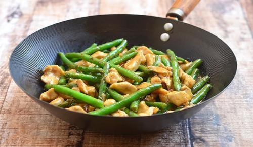 Η συνταγή της ημέρας: Κοτόπουλο με φασολάκια | Pagenews.gr