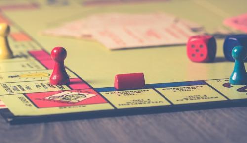 Η νέα μόδα: Επιτραπέζια παιχνίδια που τρώγονται | Pagenews.gr
