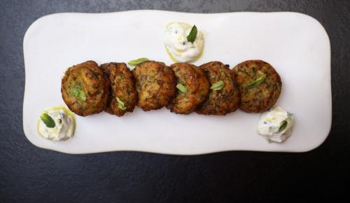 Η συνταγή της ημέρας: Κολοκυθοκεφτέδες φούρνου | Pagenews.gr